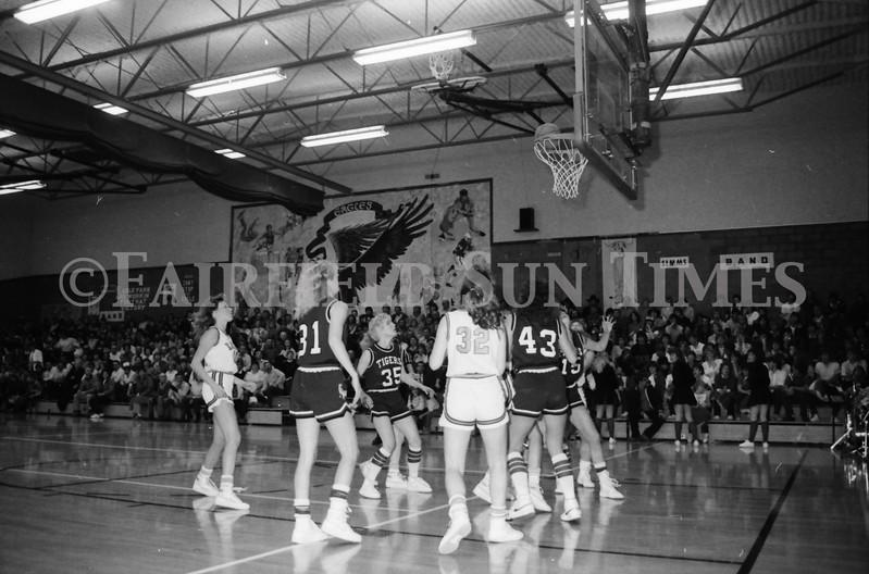 1985 11 14 FF Sun Times Dist 6 Girls BB tourney Eages v Chesgter, Choteau, Simms_20160820_0192