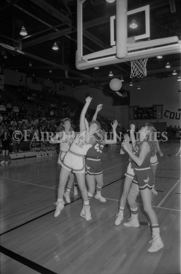 1985 11 20 FFT#47 Girls Northern B Tourney in Shelby, Fairfield vs Simms, Cut Bank_0021