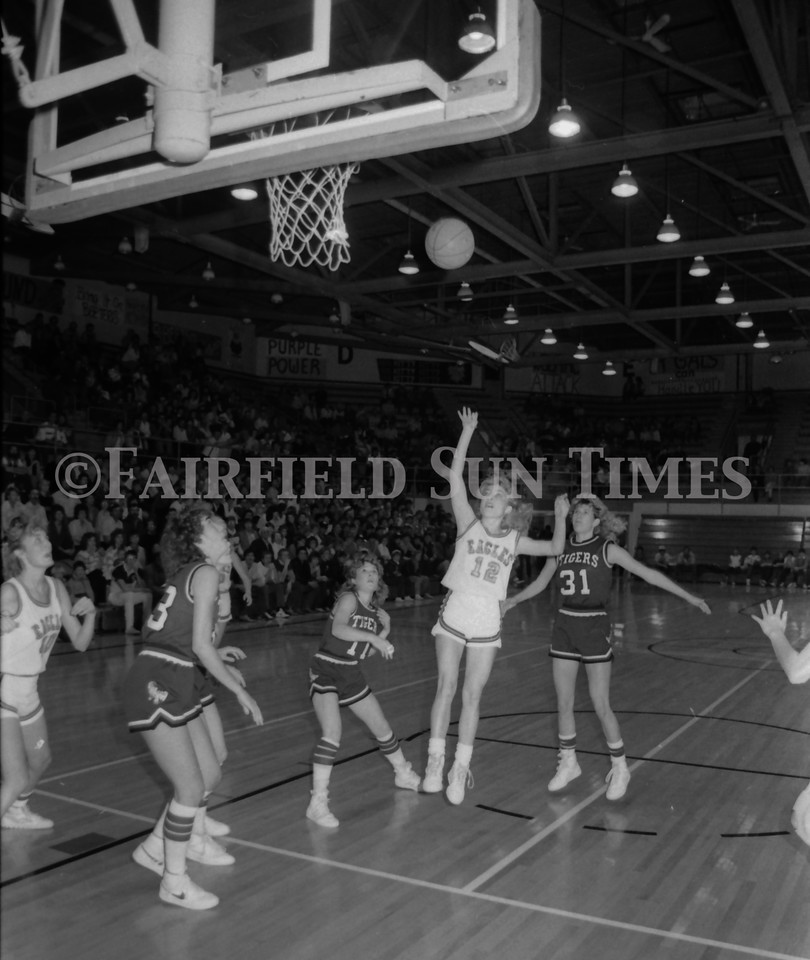 1985 11 20 FFT#47 Girls Northern B Tourney in Shelby, Fairfield vs Simms, Cut Bank_0014