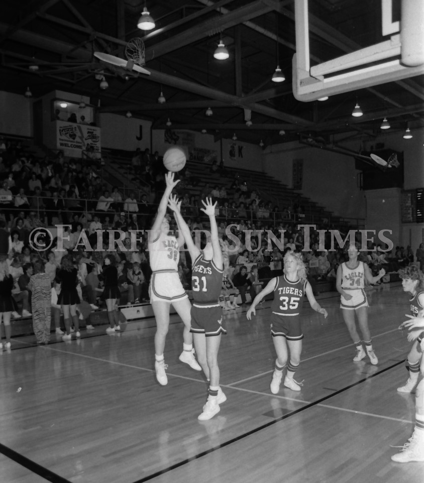 1985 11 20 FFT#47 Girls Northern B Tourney in Shelby, Fairfield vs Simms, Cut Bank_0022