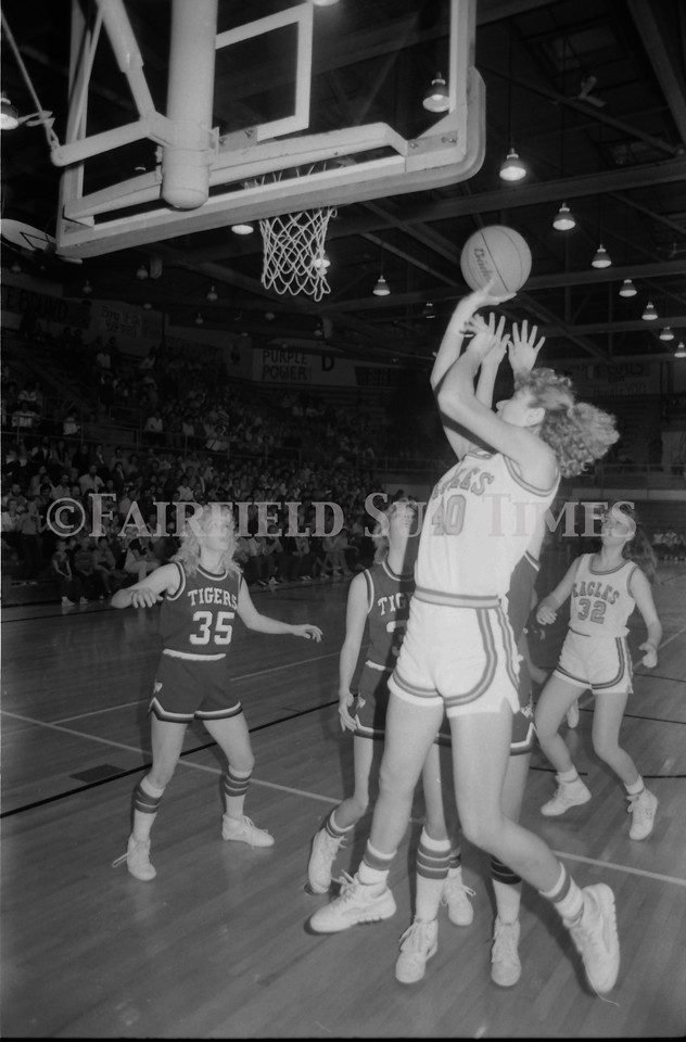 1985 11 20 FFT#47 Girls Northern B Tourney in Shelby, Fairfield vs Simms, Cut Bank_0017