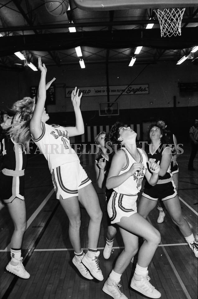 1986_10_15 Fairfield Sun Times Girls BB vs Choteau_0005
