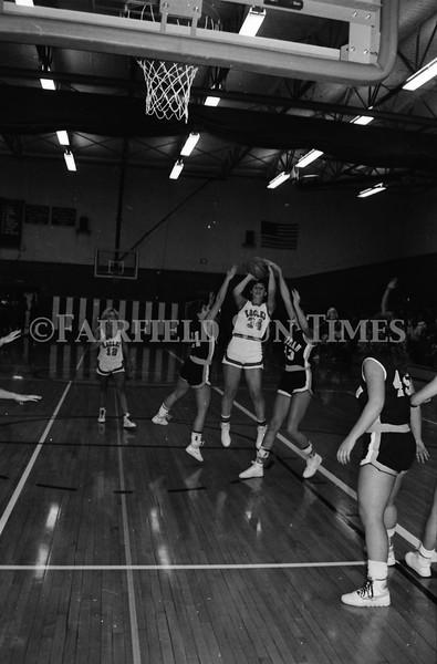 1986_10_15 Fairfield Sun Times Girls BB vs Choteau_0007