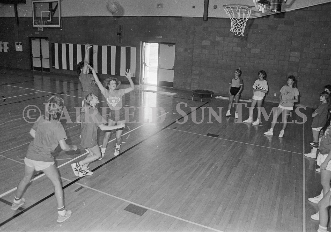 1986 06 25_07 09 FFT26, 28 Basketball Camp (8)