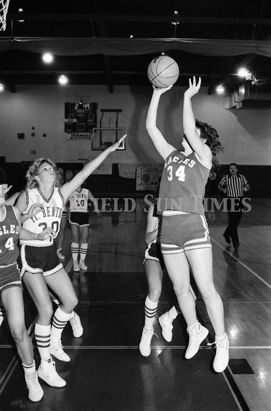 1986 11 26 FFT#48 Fairfield Girls Basketball vs Ft Benton District Tourney_0021