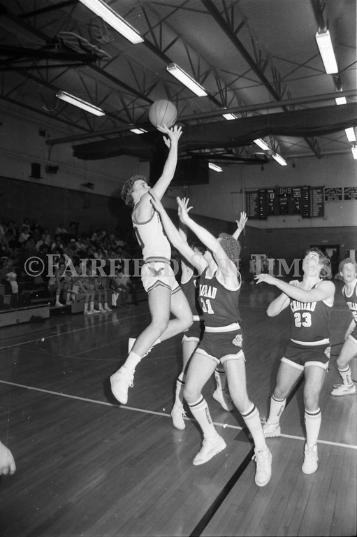 1986 01 22 FFT#4 Fairfield vs Choteau Boys Basketball_0008