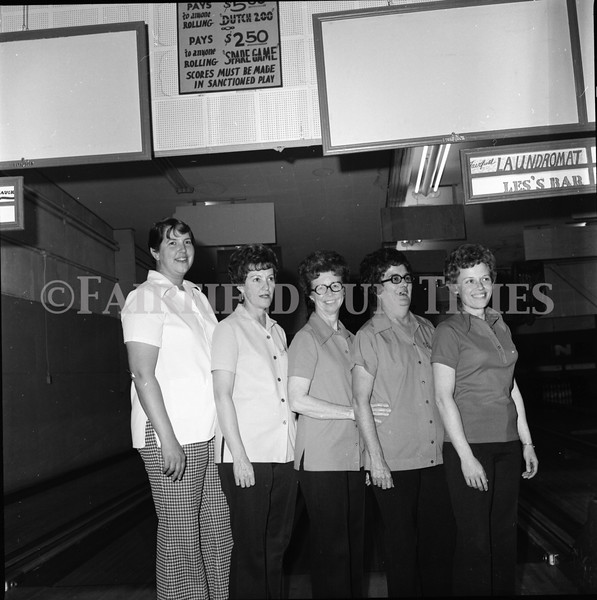 FF Sun Times Bowlers at the Aragon in Fairfield April 1976_20151114_0009