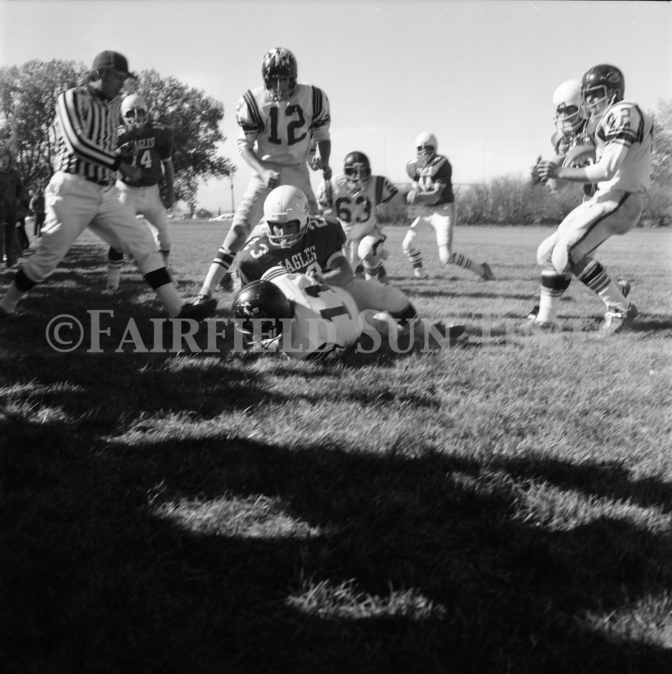 FF Sun Times Fairfield at Simms Football October 1, 1973_20151113_0028