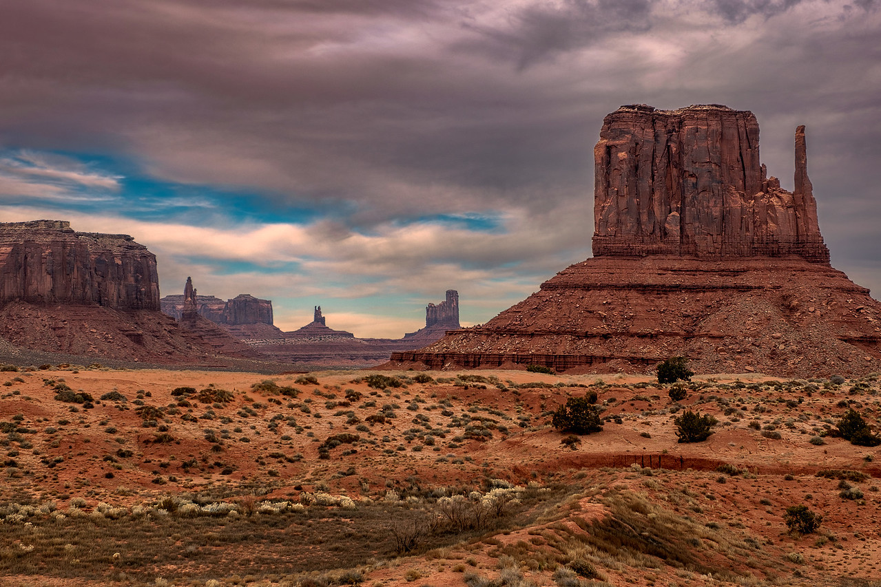 Monument Valley, UT - ic: 1215-4846-E
