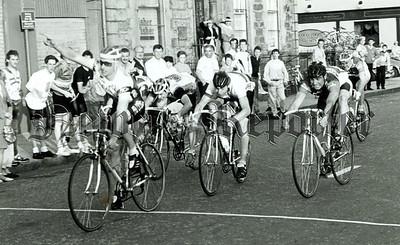 R8906013 Cycling