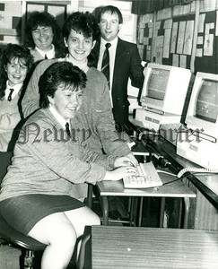 January 1989 - Information Technology - pupils with Head of Department, Eamonn O'Hare. R8905127