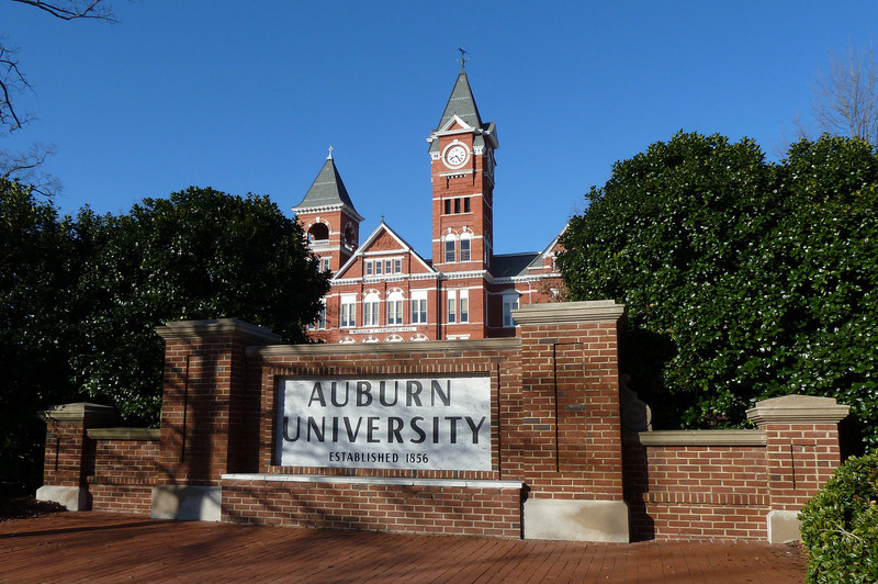 Auburn University, Samford Hall