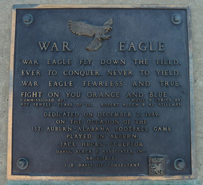 Auburn University, plaque at War Eagle statue