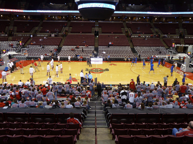 men's basketball game between Ohio State and Florida