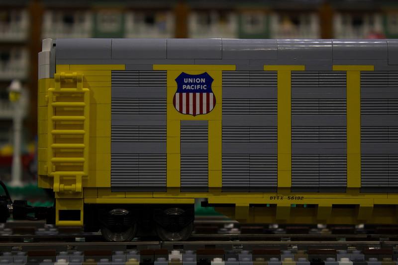 BrickFair VA 2014, train