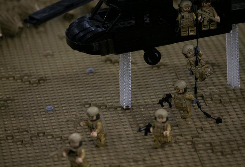 BrickFair VA 2014, soldiers exiting helicopter