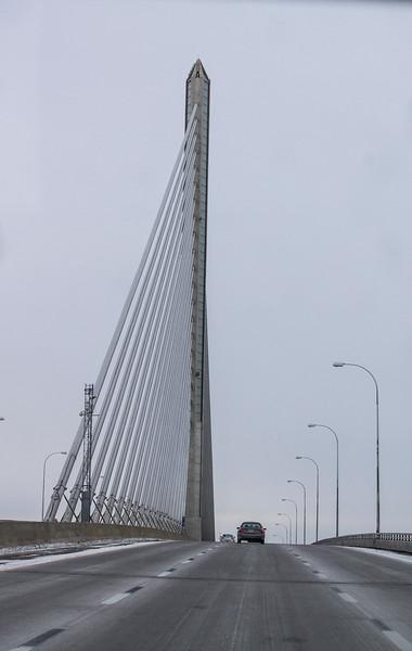 bridge in Ohio or Michigan