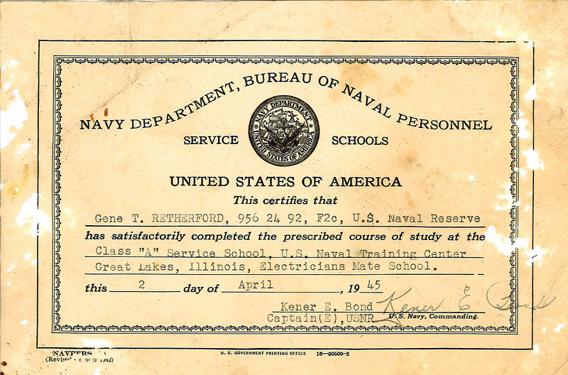 Certificate of course completion at the Great Lakes Training Center 4/2/45