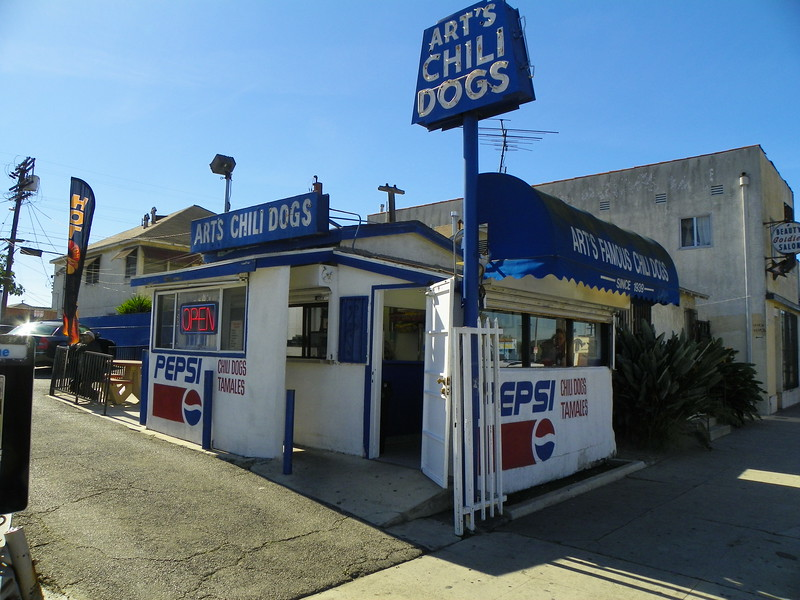 "Read the history - <a href=""http://articles.latimes.com/1995-03-09/news/cb-40574_1_chili-dog"">http://articles.latimes.com/1995-03-09/news/cb-40574_1_chili-dog</a>"
