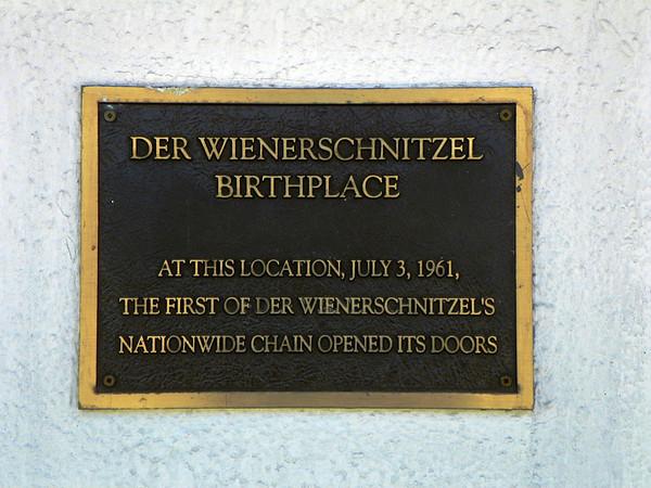 Der Wienerschnitzel - 1