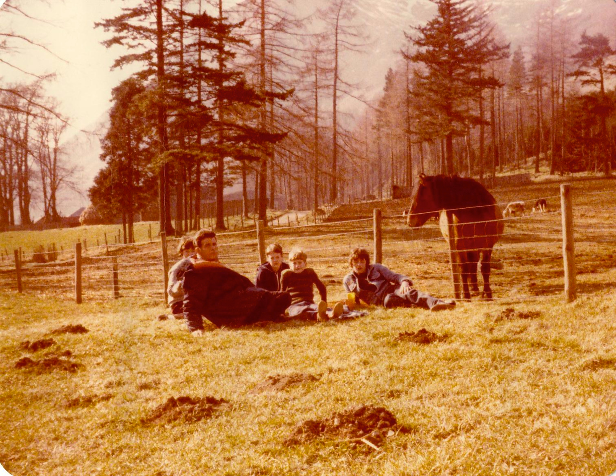 1980 05 Eddie Ann Kenny Alan Brian Glen Clova 5 April 1980