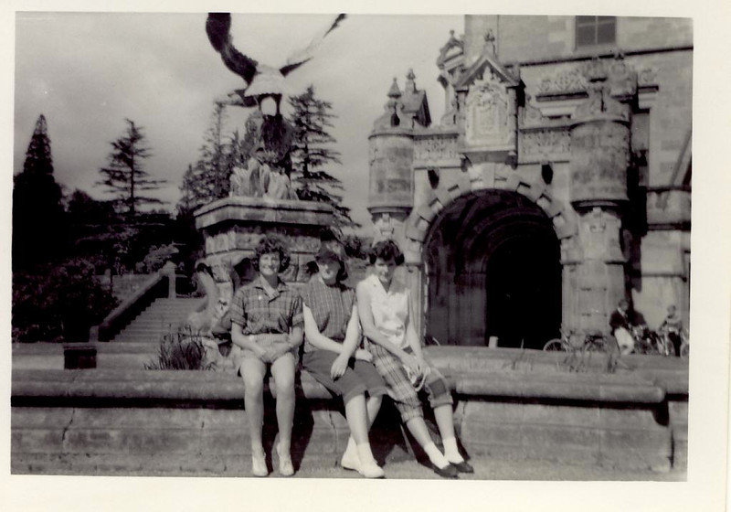 1959 07 Janet, Sylvia & Tess, Loch L  Y H  8 July 1959