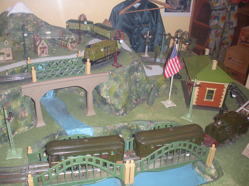 "The National Toy Train Museum  <a href=""http://www.nttmuseum.org/"">http://www.nttmuseum.org/</a>)."
