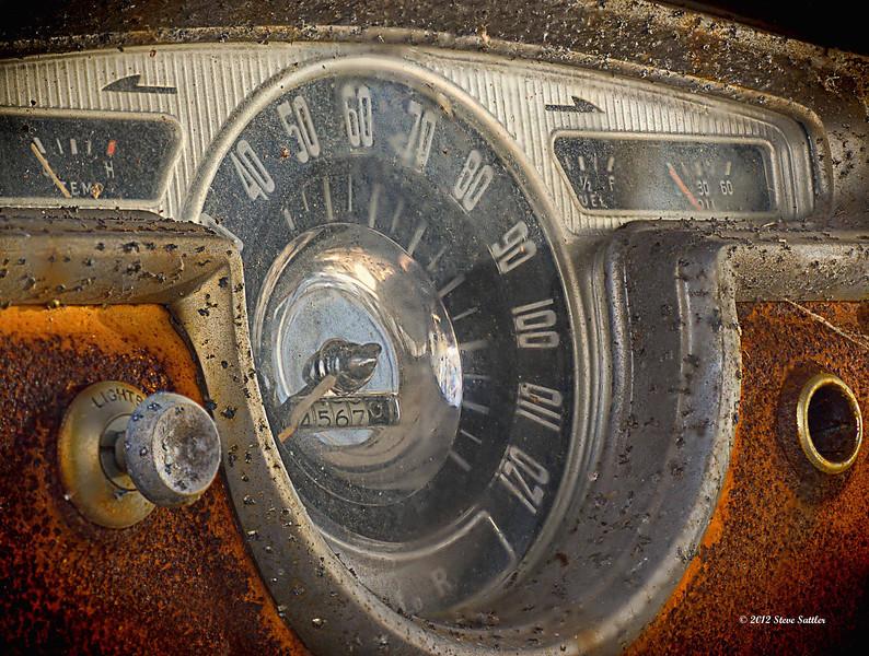 Auto Junk Yard - Speedometer