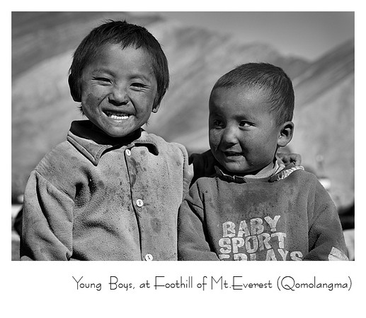 珠峰脚下的孩子 - 协格尔(新定日)<br /> 协格尔距珠峰大本营只有110公里(68miles)