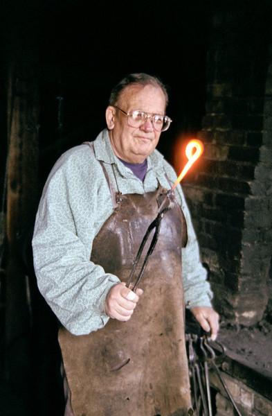 0010009-18F Blacksmith