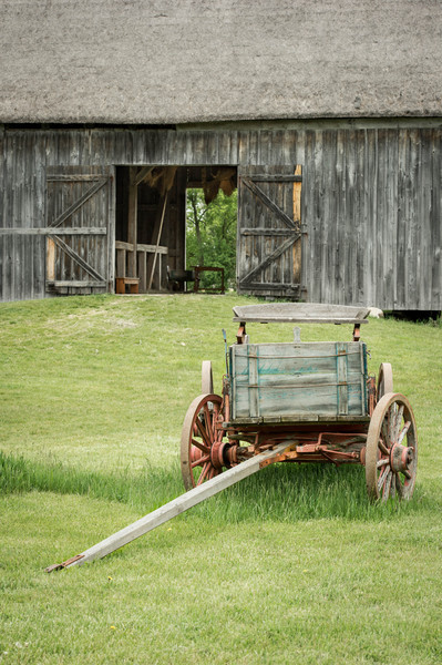 Wagon and barn at the Schultz farm in the German area.