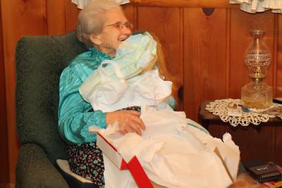 Umm Granny nice presents