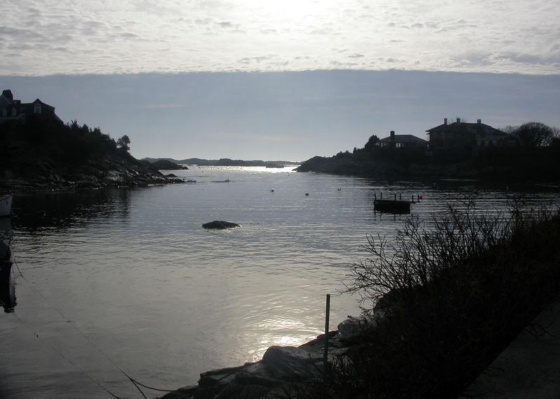 Sun 12-25-05 Cove in Newport