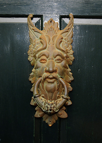 Jamestown Sunday 8-24-08 Front Door Knocker