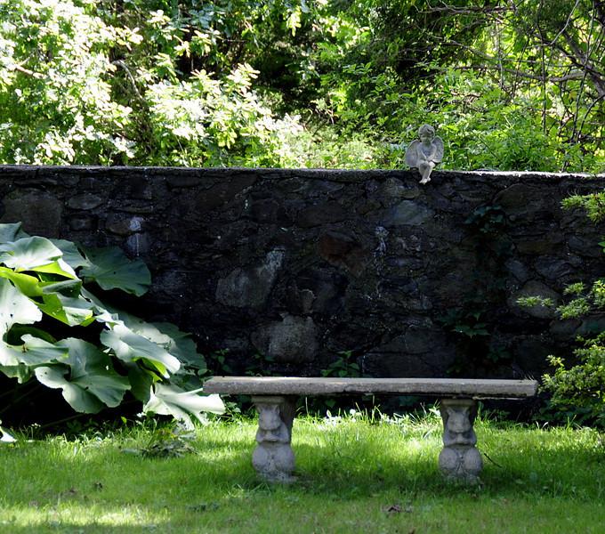 Jamestown Sunday 8-24-08 Angel Bench