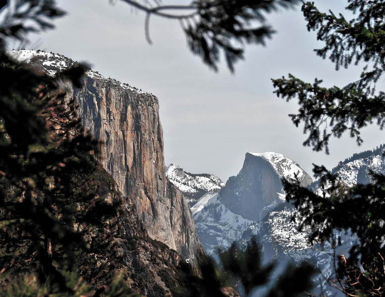 02-13-10 Yosemite - Valley View. One of the guys at the Ansel Adams center turned us on to this spot to shoot El Capitan & Half Dome. A couple of turn-outs after going thru the tunnel.
