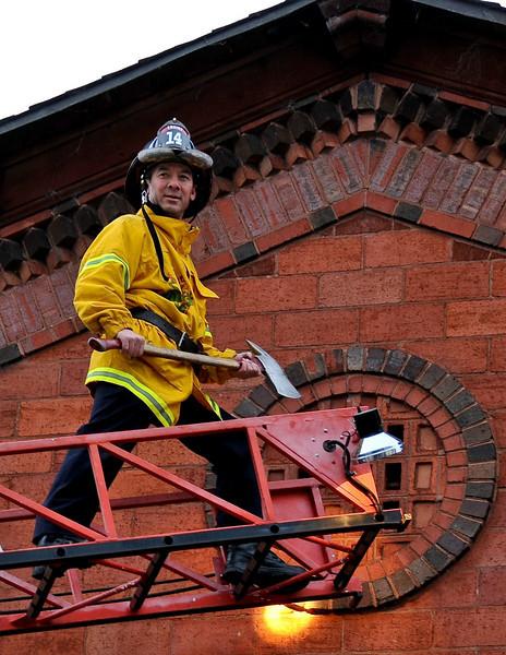 01-12-10 DLWS - Firehouse-1