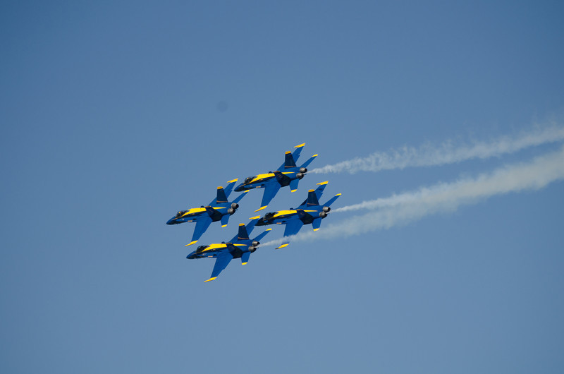 10-8-11 Blue Angels-37-2