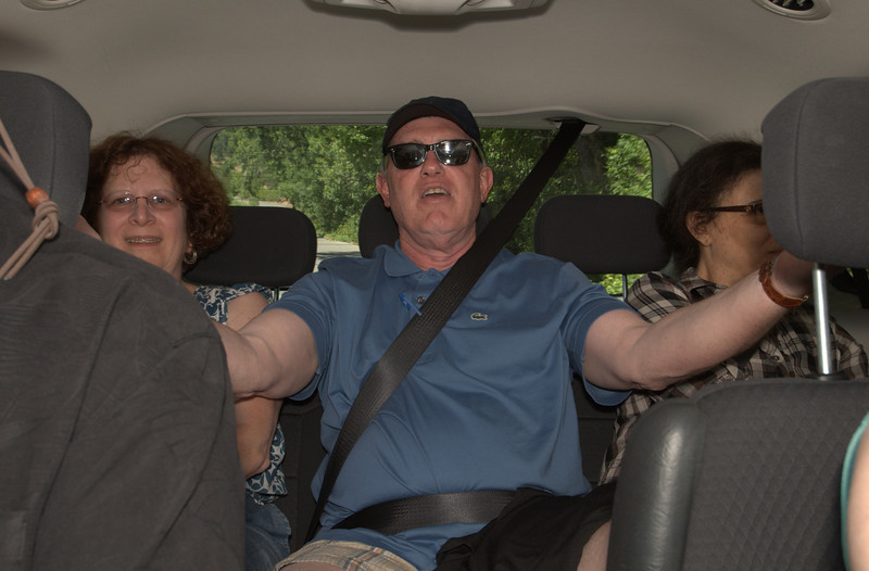 Donnie & his girls in the back seat of the van