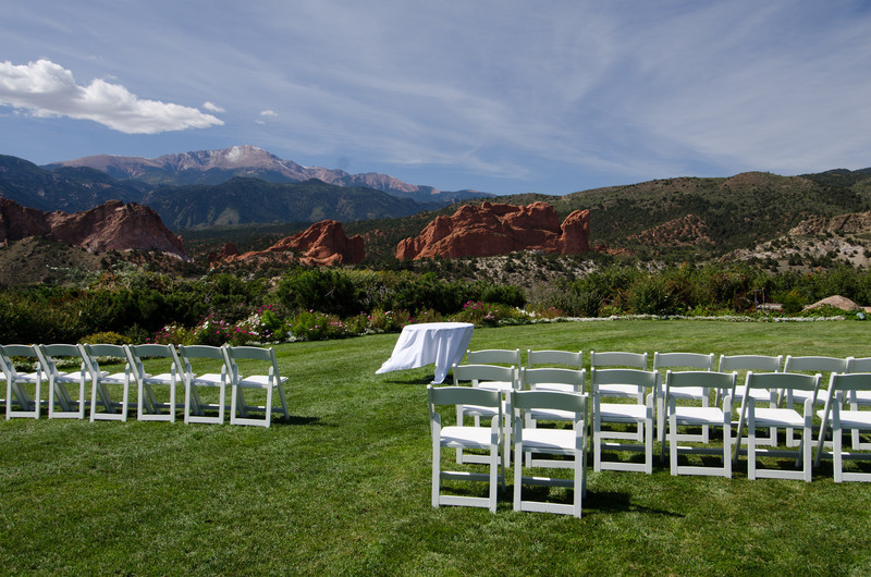 9-24-11 - the morning of the wedding. It's going to be a beautiful day. (That's Pike's Peak in the background, already with 2 snowfalls on it.)