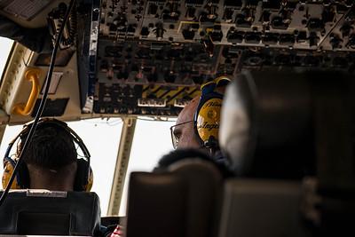 Checking Left at the NAS Miramar Air Show in San Diego_DSC2376-Edit