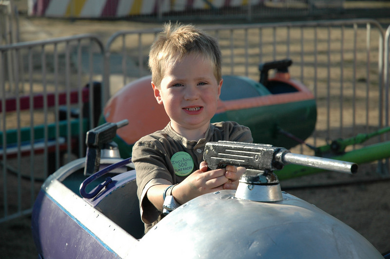 Lars was in to the SJ fair rides this year.