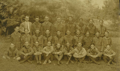 Eagle Scouts of the Valley 1925 - Edmund Glover sent this pix to me -  Daddy is the 4th from the right in the front row.