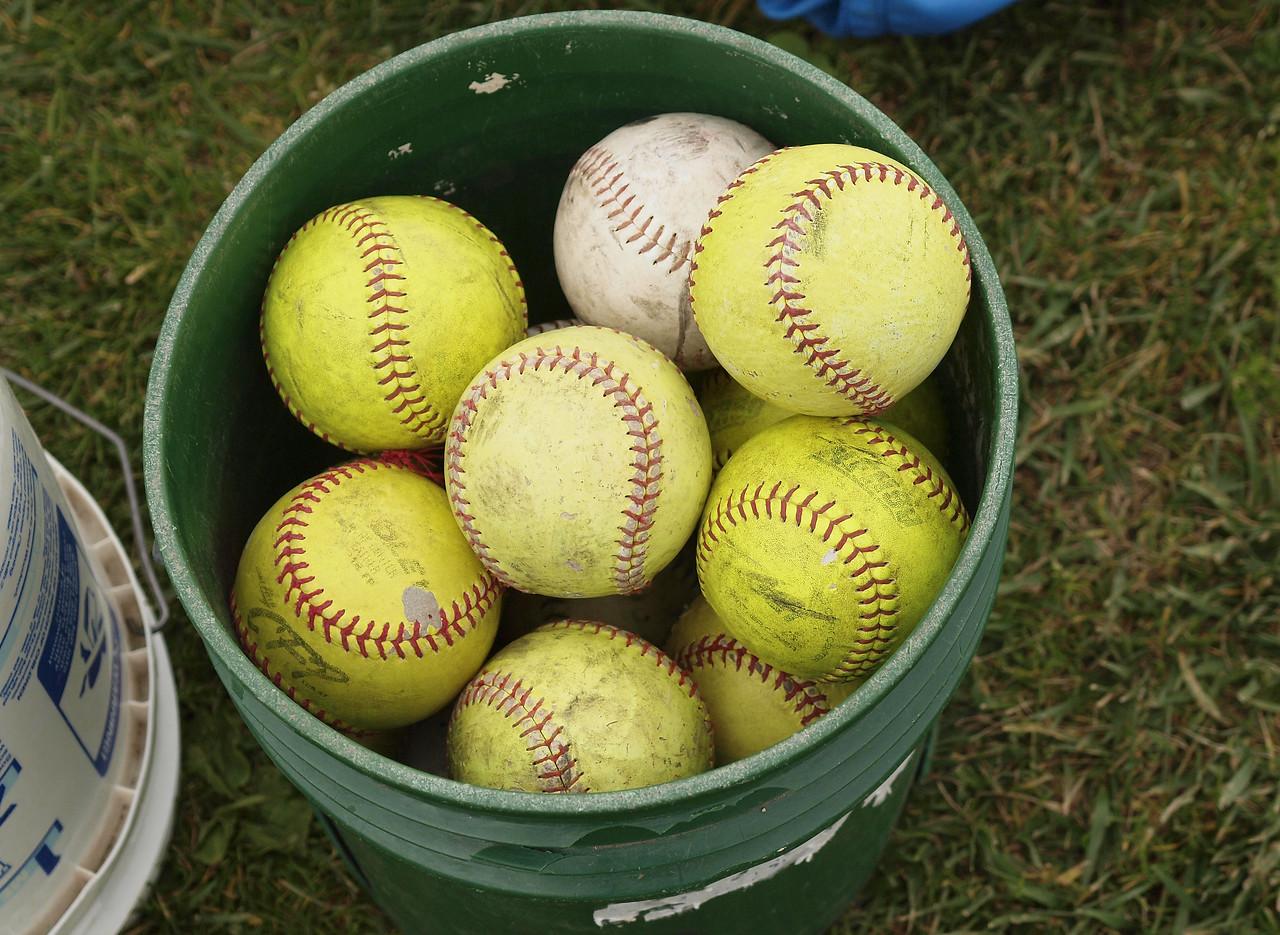 softballs