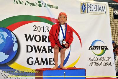 dwarf201304845