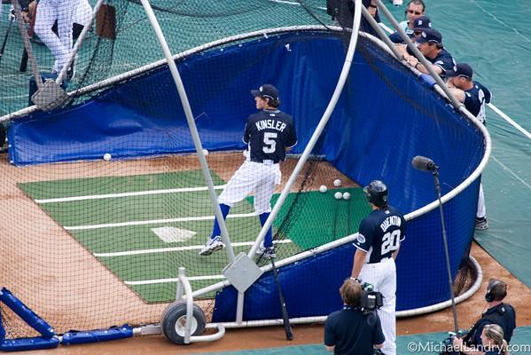 Ian Kinsler takes batting practice