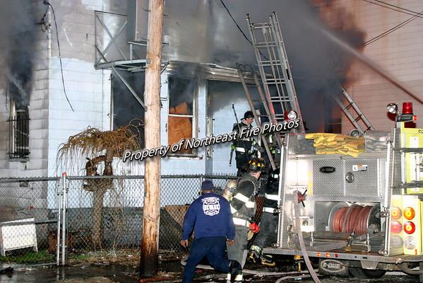 Newark, NJ- 3rd Alarm, Halstead Street-3/29/05