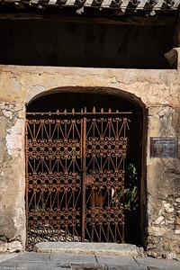 Oliena Gateway - Morag