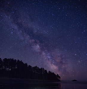 Milky Way rising over Ruby Beach