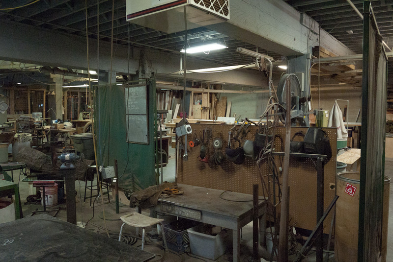 Grinding side of the metal shop